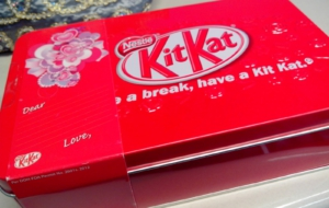 KitKat Wallpapers HD