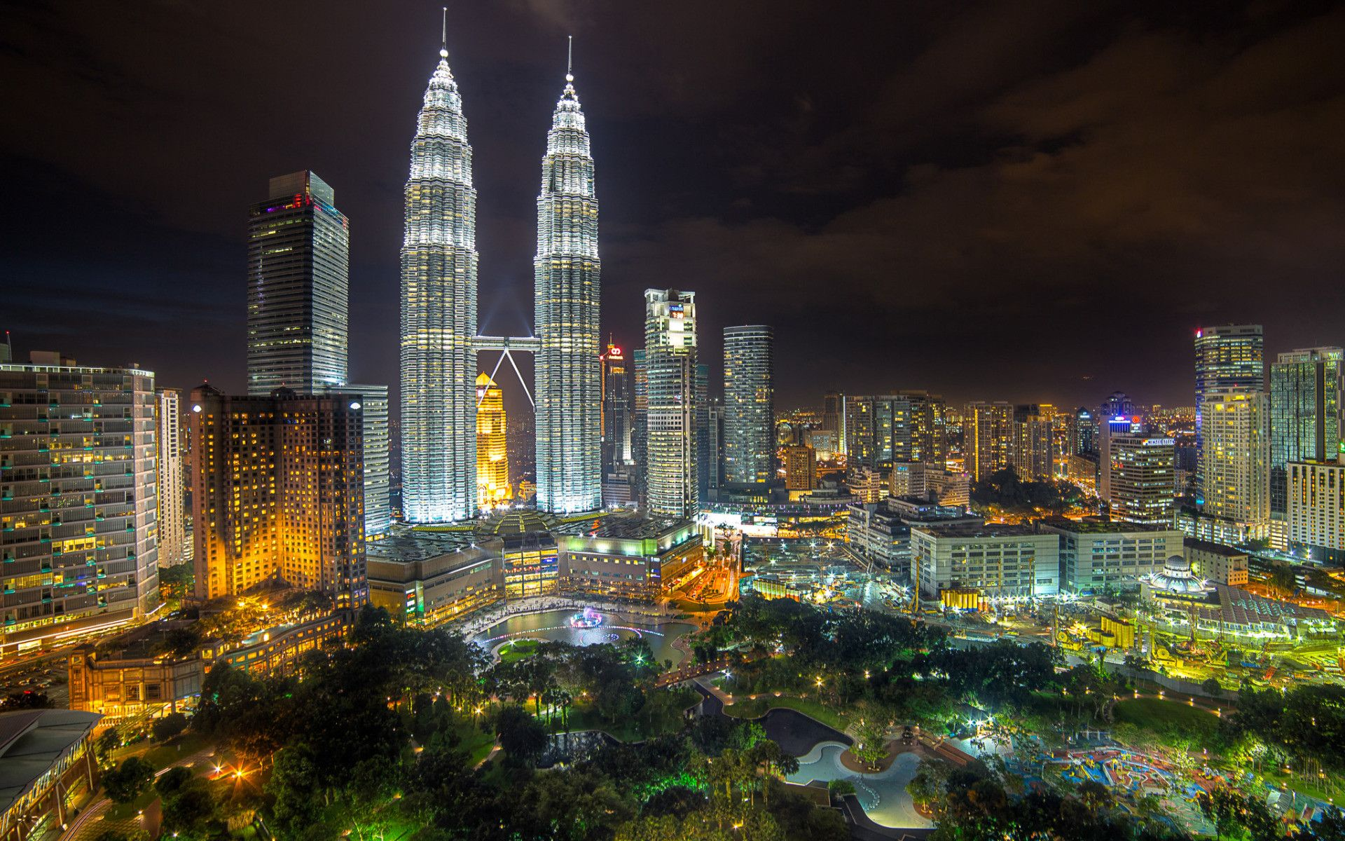 Kuala lumpur hd wallpapers for 3d wallpaper for house in malaysia