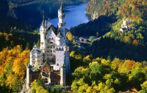 Neuschwanstein Castle HD Background