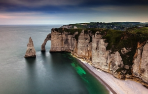 Sea Cliffs, Etretat Computer Wallpaper