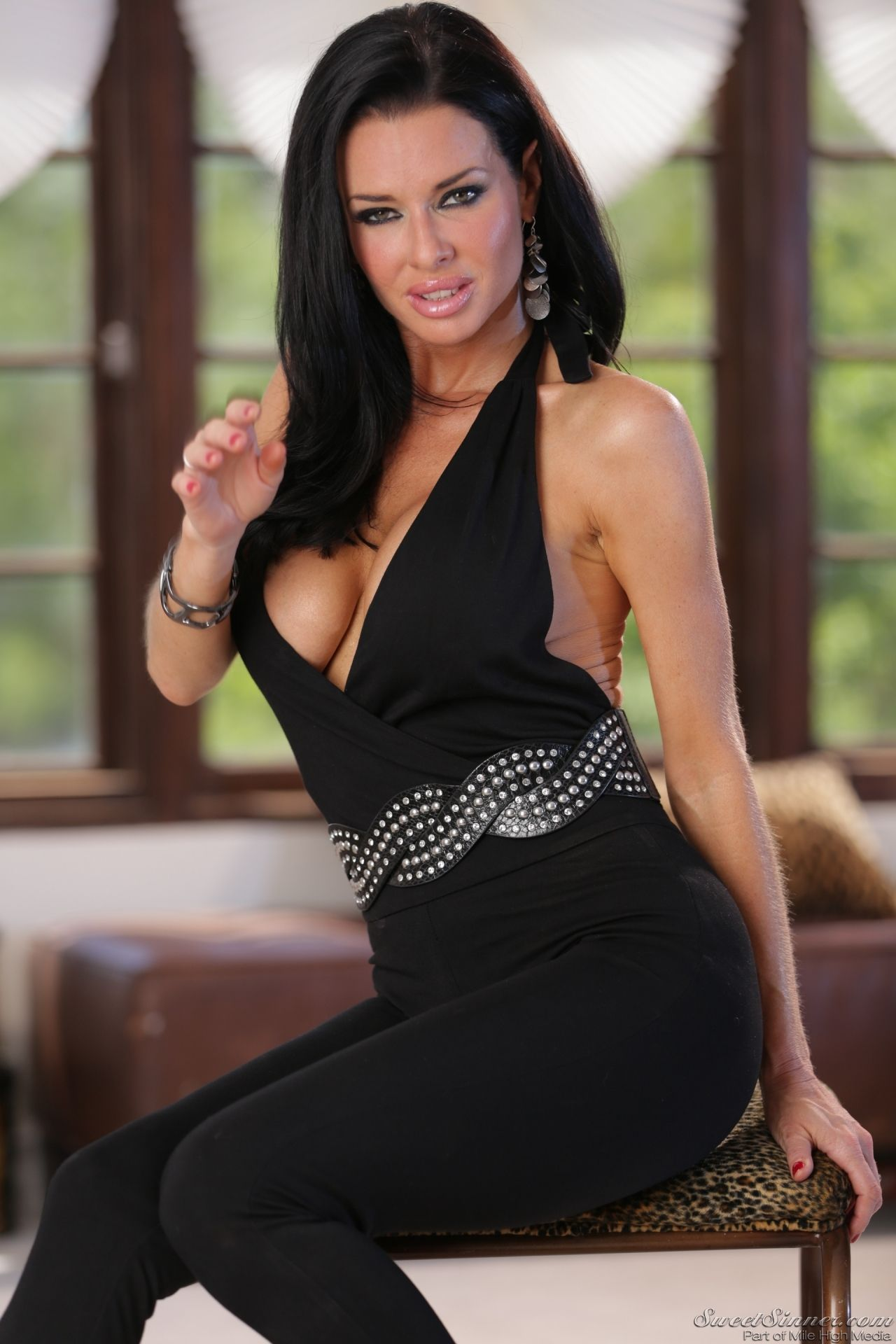 Veronica Avluv picture 36