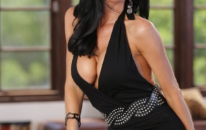Veronica Avluv Wallpapers HD