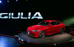 Alfa Romeo SUV 2017 Full HD