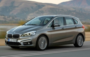 BMW 2 Series Active Tourer 2017 Images
