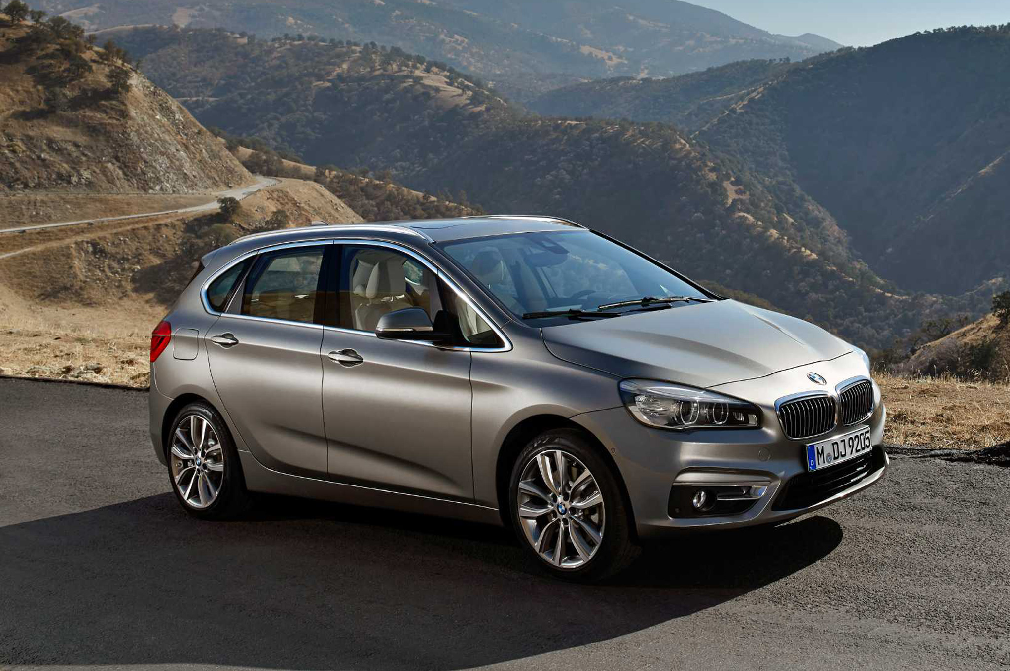 bmw 2 series active tourer 2017 hd wallpapers. Black Bedroom Furniture Sets. Home Design Ideas