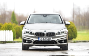 BMW 2 Series Active Tourer 2017 Pictures