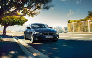 BMW 3 Series Touring 2017 HD Desktop