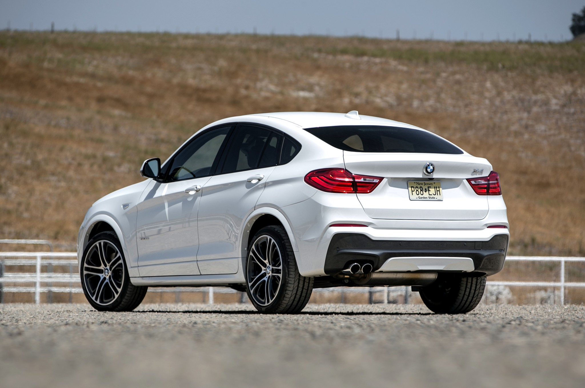 bmw x4 2017 hd wallpapers. Black Bedroom Furniture Sets. Home Design Ideas