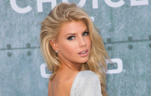 Charlotte McKinney Pictures