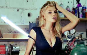 Charlotte McKinney Wallpapers And Backgrounds