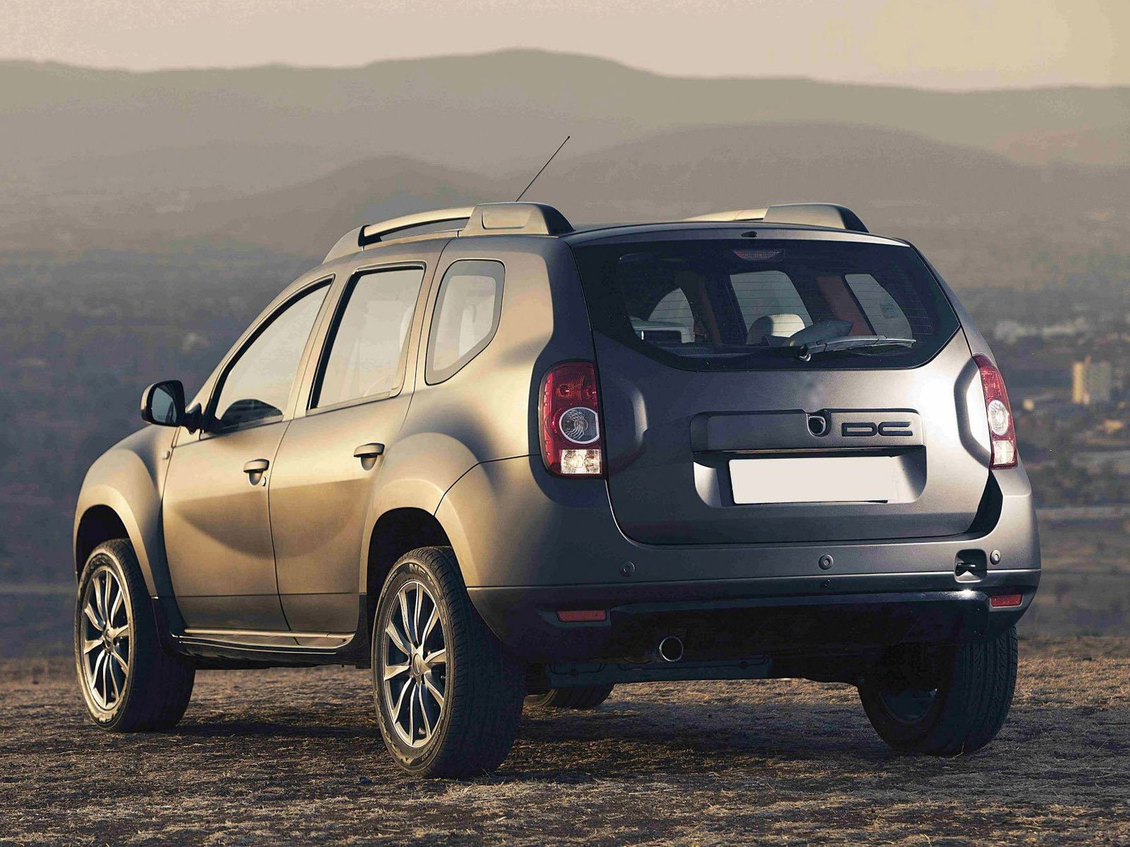 dacia duster 2017 hd wallpapers. Black Bedroom Furniture Sets. Home Design Ideas