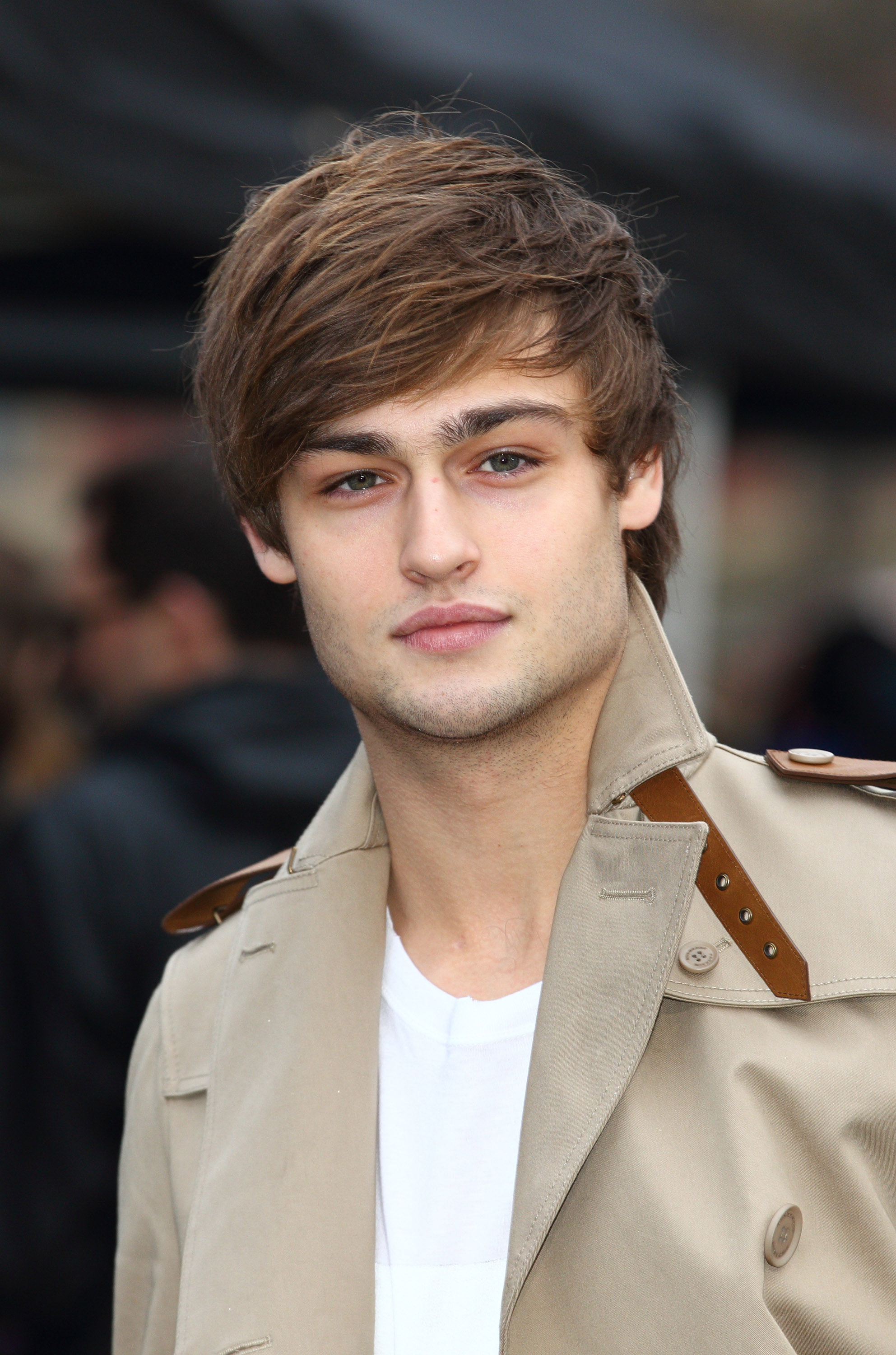 Douglas Booth HD Wallpapers