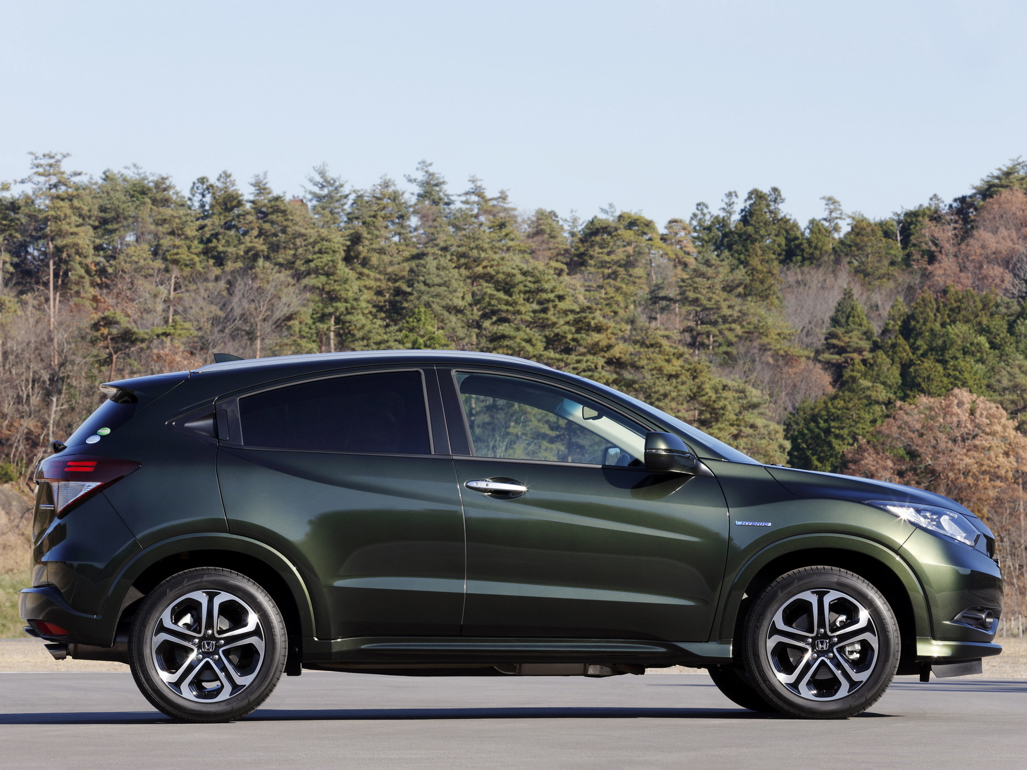 Honda Avancier SUV HD Wallpapers