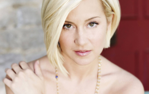 Kellie Pickler Deskto