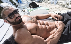 Lazar Angelov For Deskto