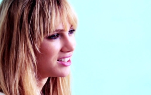 Suki Waterhouse Full HD