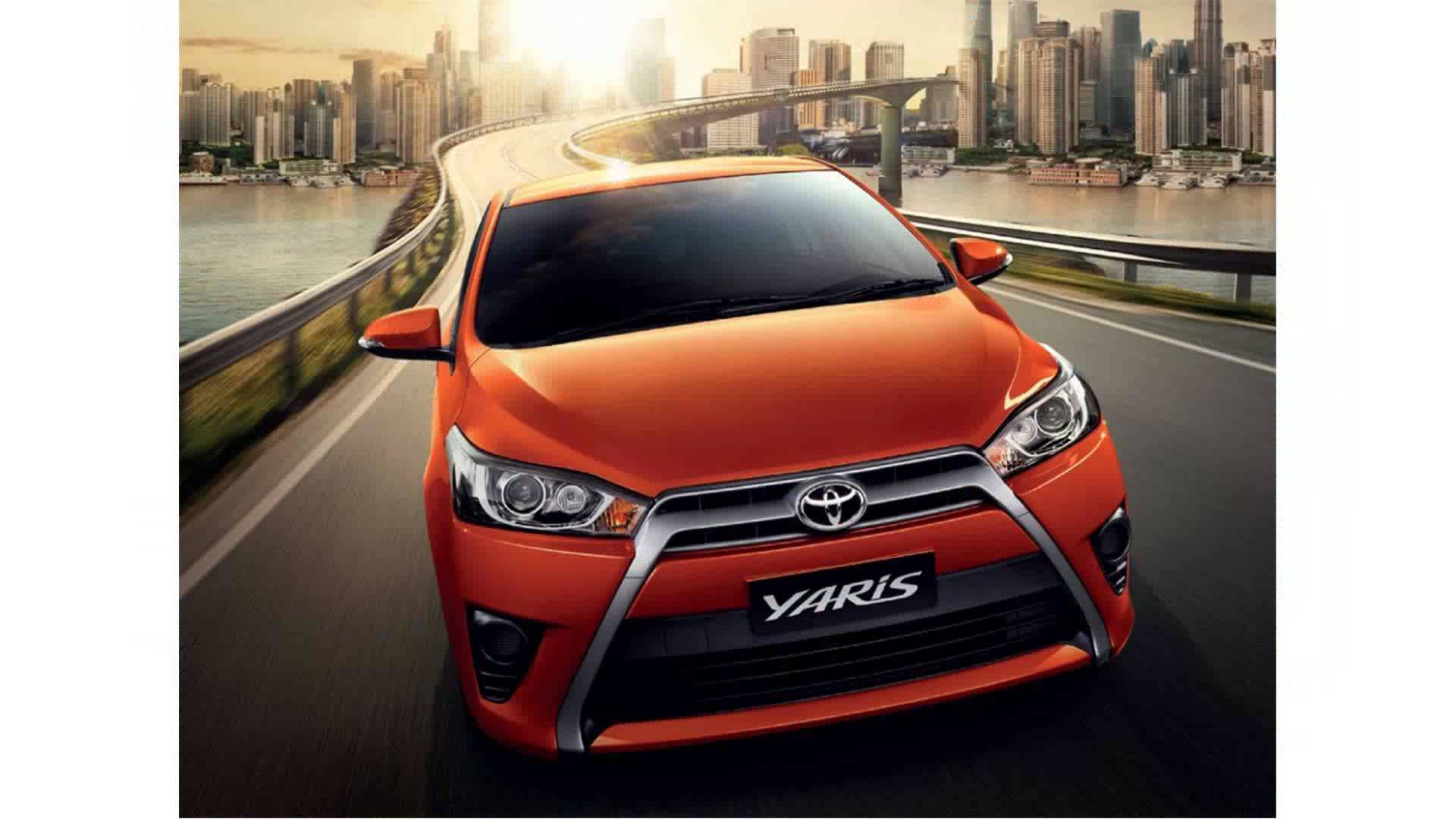Toyota Yaris Hatchback 2017 HD Wallpapers