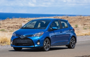 Toyota Yaris Hatchback 2017 Wallpaper