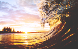 Waves Full HD