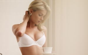 Ana Hickmann For Desktop Background