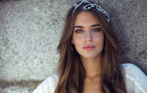Clara Alonso HD Background