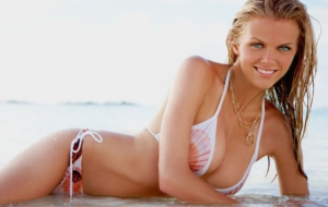 Daniel Brooklyn Decker Wallpaper For Laptop