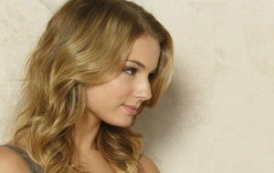 Emily Vancamp High Definition