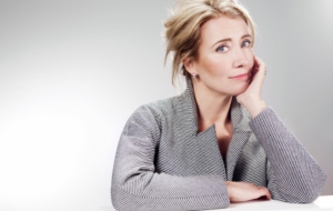 Emma Thompson Wallpaper