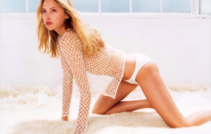 Estella Warren Widescreen