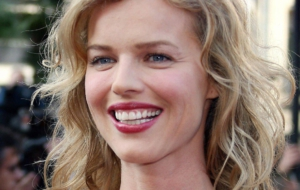 Eva Herzigová Wallpapers