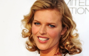 Eva Herzigová For Desktop