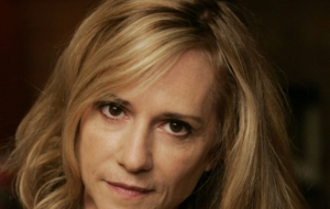 Holly Hunter Widescreen
