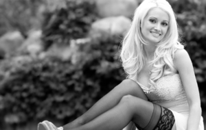 Holly Madison Background