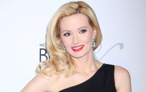 Holly Madison Desktop Images