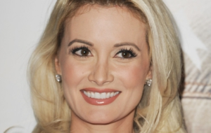 Holly Madison Pics