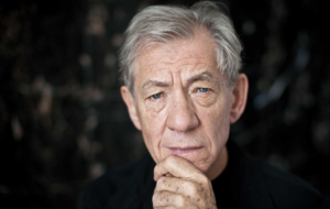 Ian Mckellen Computer Backgrounds