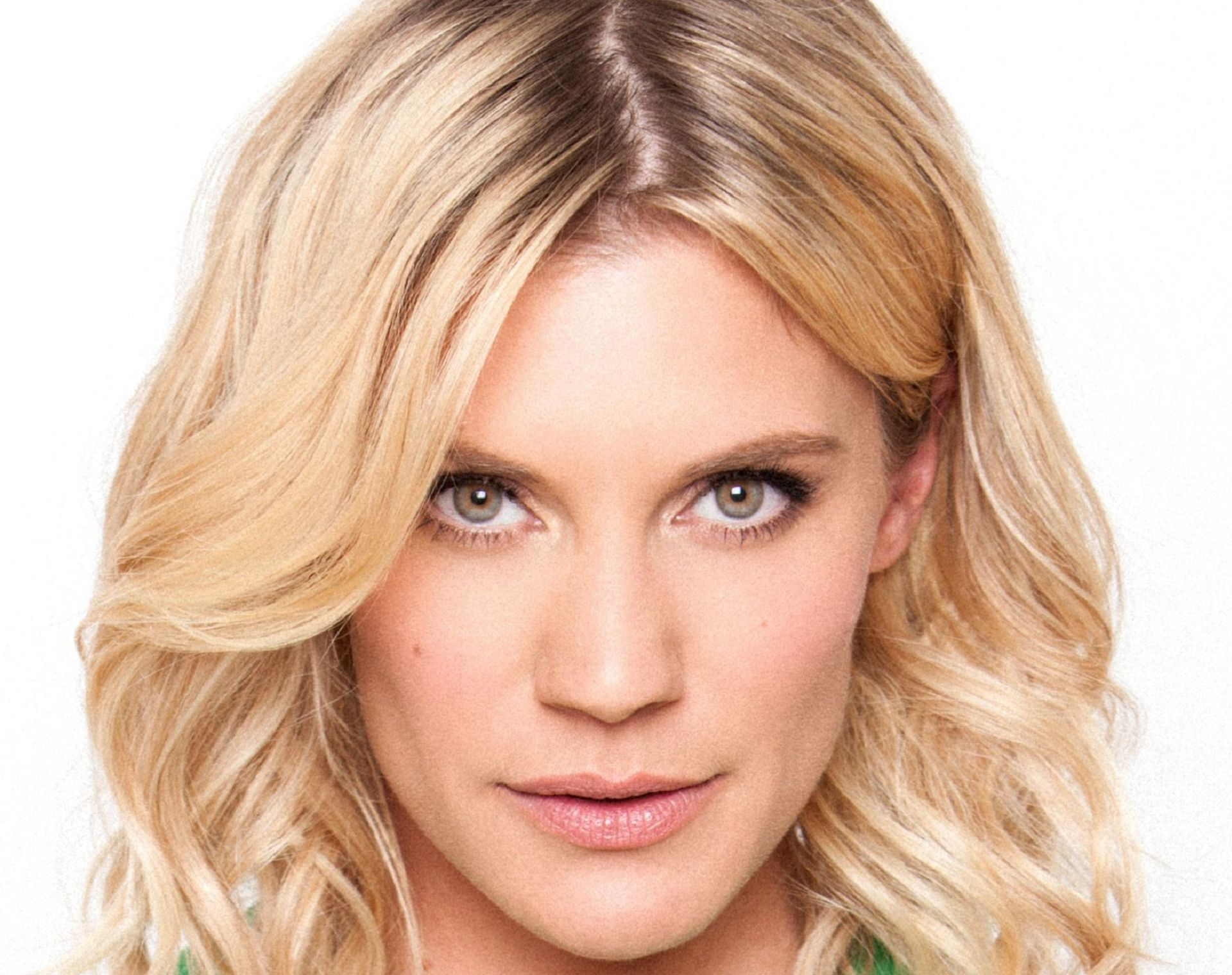 Katee Sackhoff Wallpapers Backgrounds