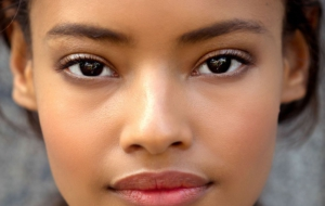 Malaika Firth Background