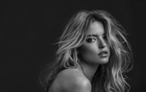 Martha Hunt Photos