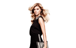 Maryna Linchuk Pictures