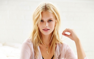 Nadine Leopold Photos