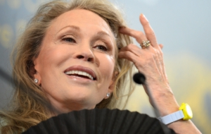 Pictures Of Faye Dunaway