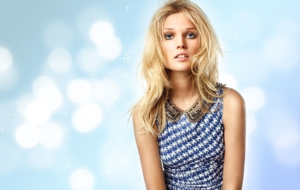 Pictures Of Toni Garrn