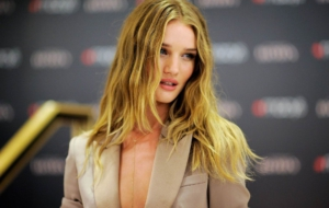Rosie Huntington Whiteley HD Pics