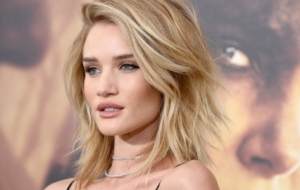 Rosie Huntington Whiteley UHD Wallpaper