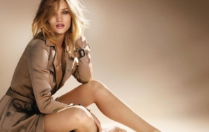 Rosie Huntington Whiteley Ultra HD Wallpaper