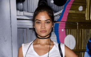Shanina Shaik Sexy Wallpapers