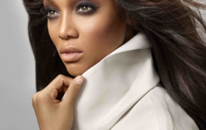 Tyra Banks HD Background