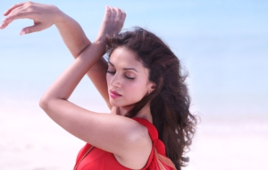 Aditi Rao Hydari Background