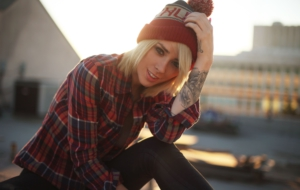 Alysha Nett Background
